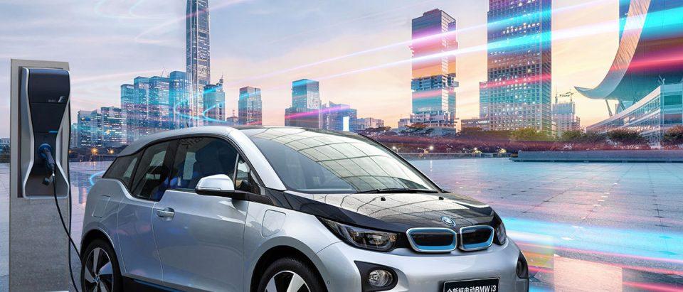 ก่อนซื้อรถยนต์ไฟฟ้า คุณต้องเรียนรู้อะไรบ้าง ?